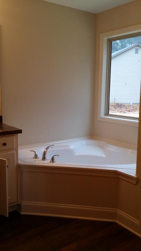 sarah master bath 2 (450x800)